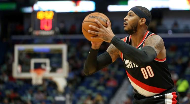 carmelo-anthony-trail-blazers-debut-reuters.jpg