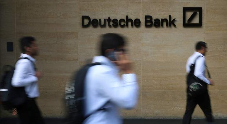 deutsche-bank-logo-gente-borroso-reuters-770x420.jpg