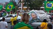 brasil-banderas-bolsonaro.jpg