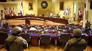 militares-elsalvador-congreso-reuters.jpg