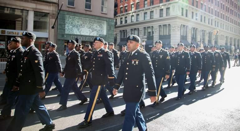 desfile-dia-veteranos-nueva-york-estados-unidos-eeuu-reuters-770x420.jpg