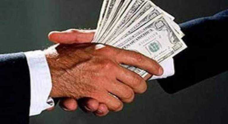 manos-corruptas