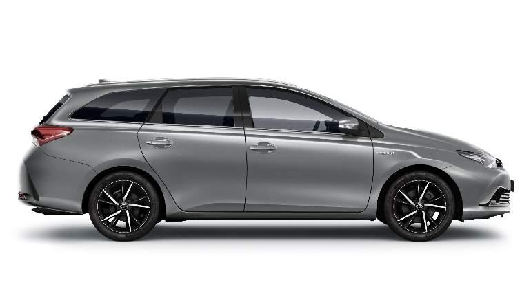 Toyota auris 2018 retoques para el compacto nip n for Interior toyota auris 2018