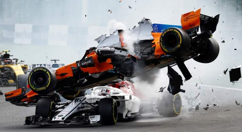 alonso-2018-accidente-spa-reuters.jpg