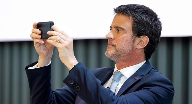 Valls estudia una oferta de Cs para la Alcaldía de Barcelona