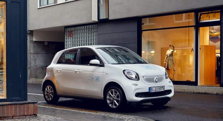 car2go-smart-EQ-forfour-2018-flota-cuatro-plazas.jpg