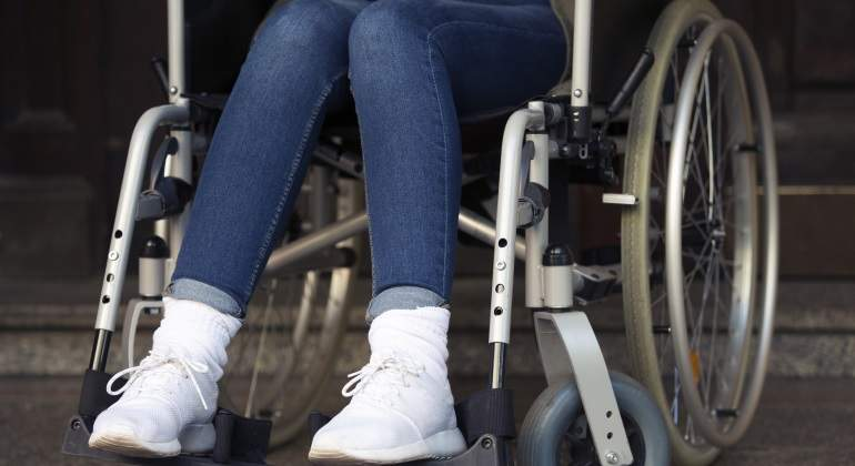 mujer-silla-ruedas-dreams.jpg