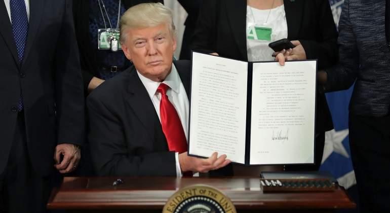 ¿Y si Trump tuviese que utilizar inmigrantes ilegales para construir el muro con México?