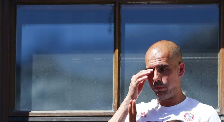 Guardiola-emocinado-despedida-ayuntamiento-2016-reuters.jpg