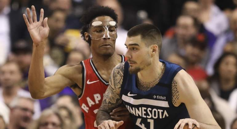 juancho-wolves-raptors-2020-getty.jpg