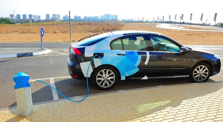 coche-electrico-dreamsteam.jpg