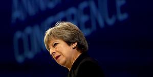 May confía en que Europa aceptará la oferta sobre el brexit