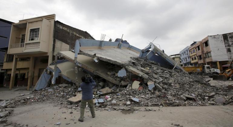 ecuador-terremoto-edificio-reuters.jpg