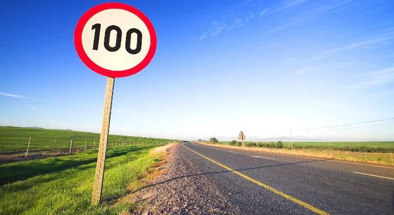 limite-velocidad-100.jpg