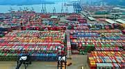 El atasco de los puertos de China supera al del Canal de Suez y amenaza con llevar el caos al comercio global