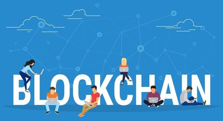 blockchain-jovenes-ordenadores-770-dreamstime.jpg