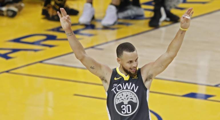 curry-segundo-partido-final-nba-efe.jpg
