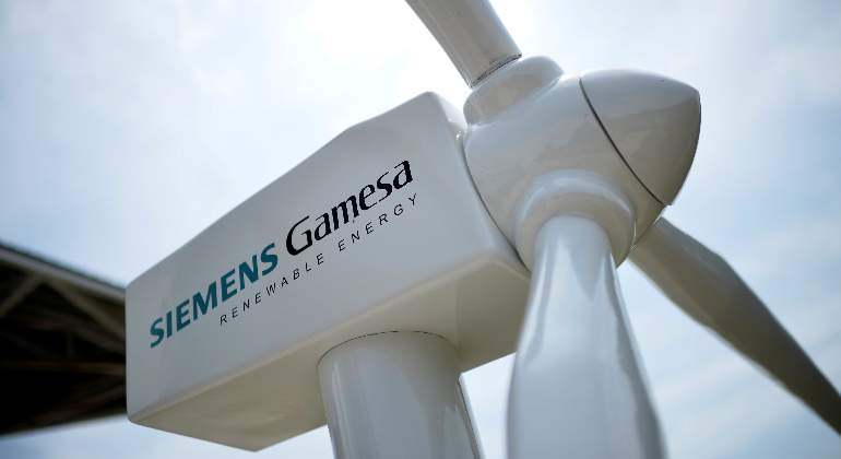 siemens-gamesa-turbina-reuters-70x420.jpg