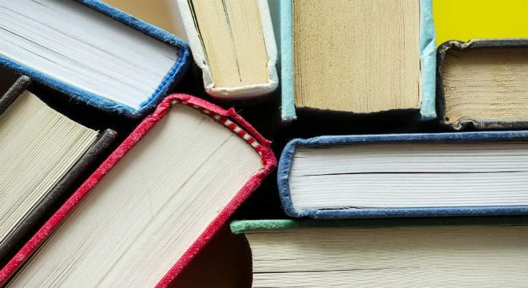 literatura11111111.jpg