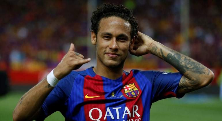 Neymar-gesto-llamada-2017-reuters.jpg