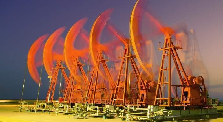 bombas-pumpjack-movimiento-petroleo-dreamstime.jpg