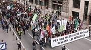 Los empleados públicos catalanes recuperarán en noviembre la paga extra recortada en 2014