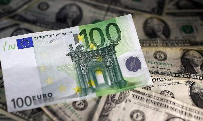 Euro Dolar Billetes Reuters Jpg