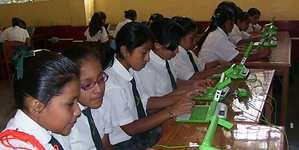 4.600 colegios públicos ya cuentan con servicios de internet y telefonía