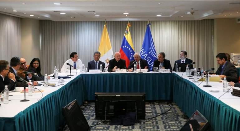 reunion-oposicion-gobierno-veneuzela-reuters.jpg