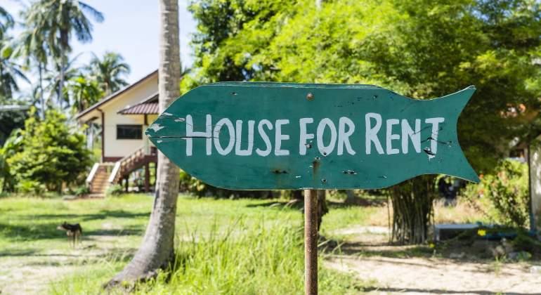 ¿Qué hago si me han estafado al alquilar una vivienda para verano? Estos son los consejos de la OCU