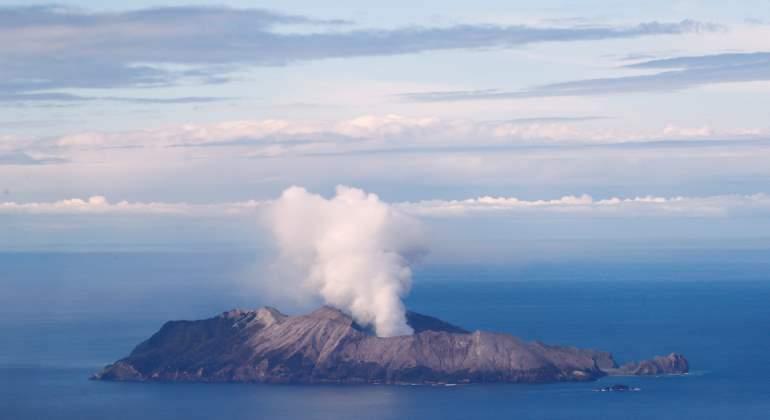 Asciende a 18 los muertos en el volcán Whakaari de Nueva Zelanda