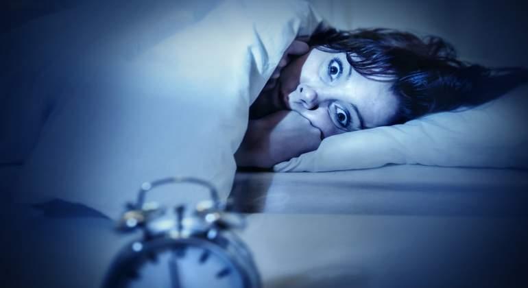 El reloj y otros hábitos que arruinan el descanso