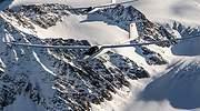 Un vuelo sin motor por el Everest y las cumbres más altas del Himalaya por un millón de euros