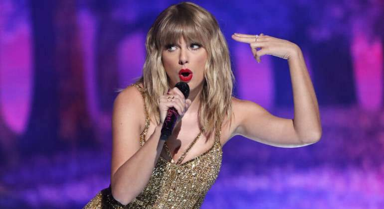 taylor-swift-forbes770.jpg