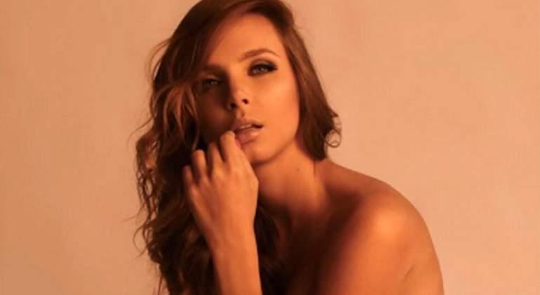Playboy-elizabeth-Loaiza-770.jpg