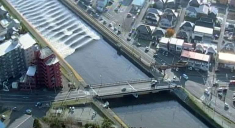 pequeno-tsunami-japon-reuters.jpg
