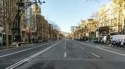 Calle-de-Barcelona-completamente-vacia-iStock.jpg
