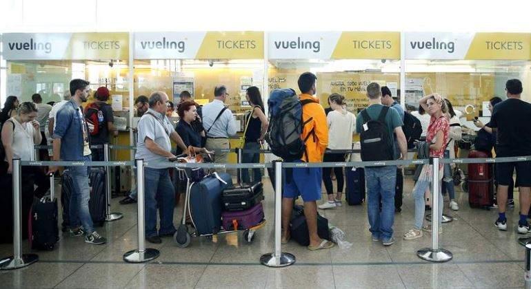 Siesta tornado Resplandor  Vueling e Iberia Express abren la puerta a limitar el equipaje de mano -  elEconomista.es