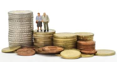 Solo 3 planes de pensiones bajan la comisión máxima antes de que expire
