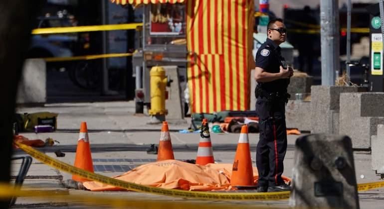 Al menos diez muertos por un atropello masivo en Toronto
