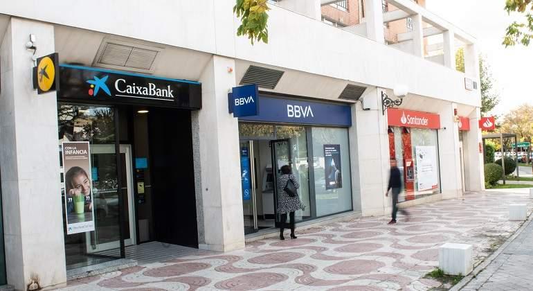 sucursales-oficinas-santander-caixabank-bbva.jpg
