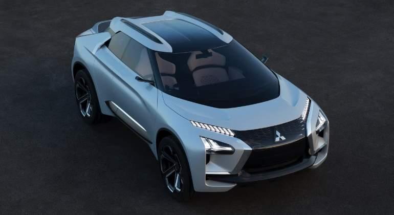 mitsubishi-e-Evolution-concept-2017-01.jpg