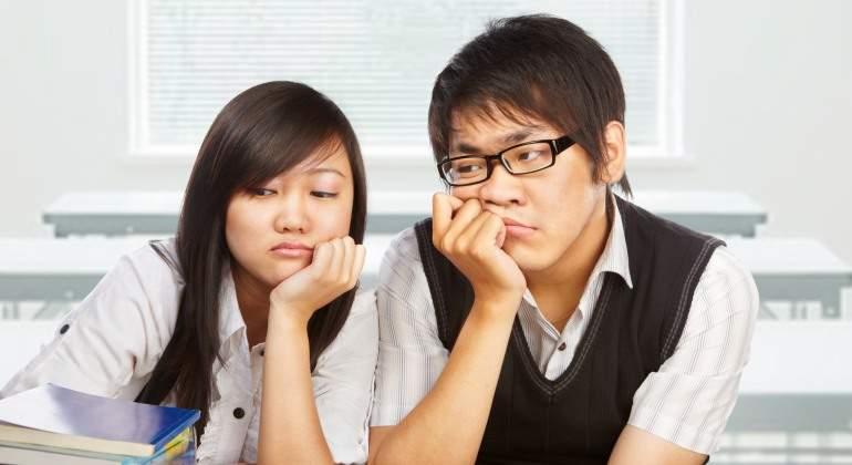 estudiantes-chinos-uniforme-dreamstime.jpg