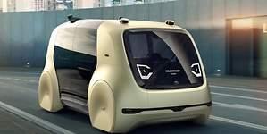 Volkswagen lanzará en 2021 sus primeros taxis autónomos