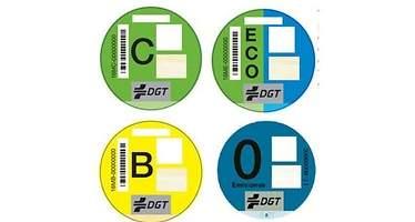 Todas las claves de la etiqueta medioambiental de la DGT que debe conocer