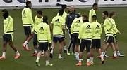 Zidane-entrenamiento-grupo-2016-efe.jpg