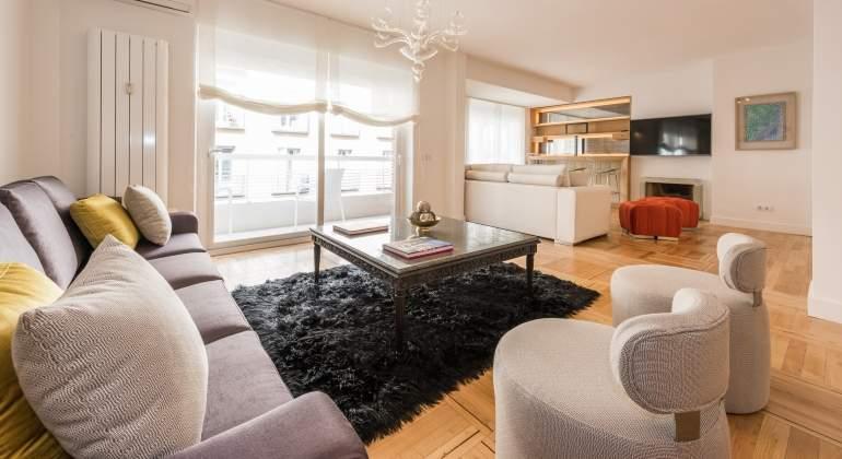 El alquiler temporal de pisos de lujo ofrece una for Chimenea fundicion pisos alquiler deusto