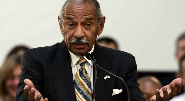 El legislador más antiguo de EEUU renuncia tras denuncias de acoso