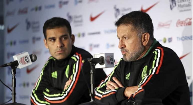 Osorio le saca la roja a la Selección Mexicana