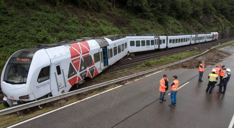 tren-alemania-descarrila.jpg